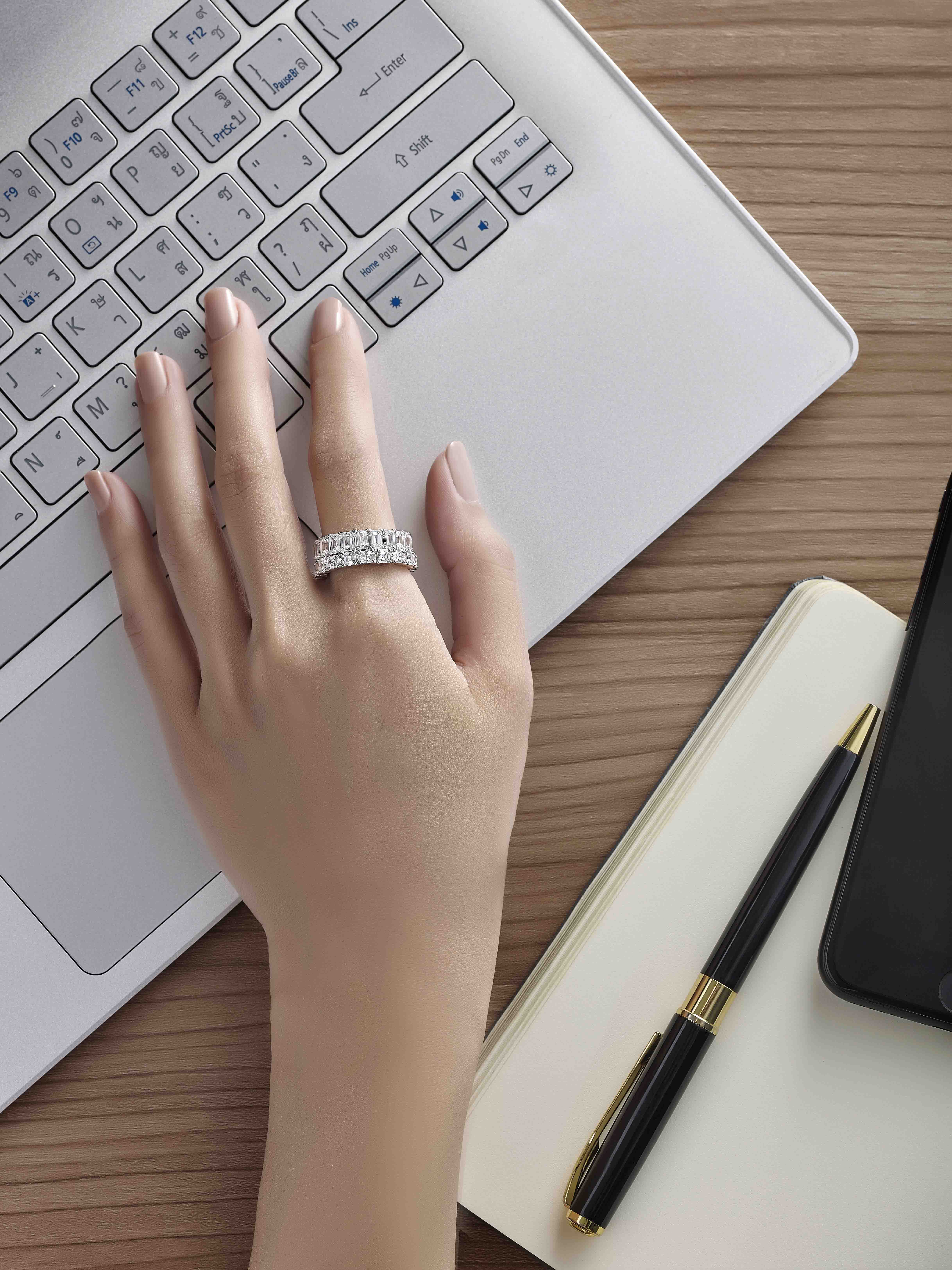 Put a ring on it no matter what ring you choose to wear or how you wear it stacked or singularly a ring on the index finger is sure to get noticed buycottarizona Image collections